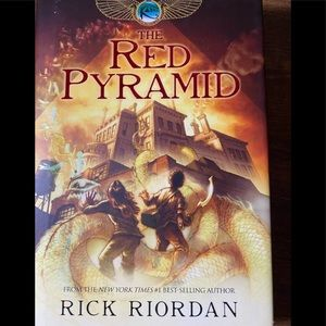 The Red Pyramid Book By Rick Riordan NEW